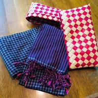 【お祝い特典(2)】スカーフは可愛らしいケース入り