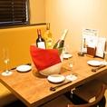 2名様テーブルの為記念日やデートにオススメの席となっております★もちろん大切なご友人とゆったりしたいときにも最適です!