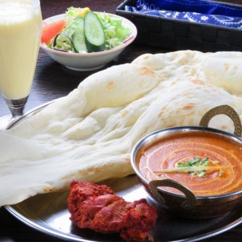 カレーが大人気!セットも豊富なインド料理屋!
