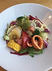 彩り野菜の冷製パスタ