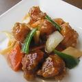 料理メニュー写真北京閣伝統の酢豚/黒酢の酢豚/レタスのミンチ包み