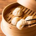 料理メニュー写真上海風小龍包(4個)