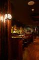 通常宴会は最大40名様程まで対応可能。貸切は60名~65名様以上で予約を承っています。