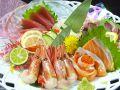 料理メニュー写真お刺身の盛り合わせ 3種