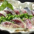 博多といえば胡麻サバ!漁船から直送なので鮮度抜群!!特製のゴマダレを絡めて食べるサバは美味★美味しいお酒のお供にお召し上がりください♪