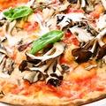料理メニュー写真マイタケのピッツァ