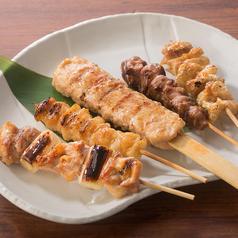 料理メニュー写真串五種盛り合せ(たれ・塩)