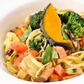 料理メニュー写真たっぷり野菜のスパゲッティ―