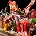 新潟・佐渡の旬の食材を使った料理の数々は日本酒の美味しさをより一層引き立てます。また、日本海の荒波で育った海鮮は、身がしっかりして脂のノリが違います。新鮮な海鮮料理をご宴会コースでご用意しておりますので、大人数様での飲み会には是非ご宴会コースをお楽しみください。