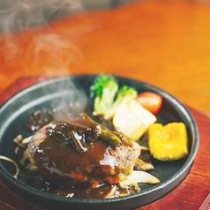 アジアン料理 Restaurant&Bar いろり 石川店の写真