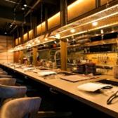 カウンター席は8席ご用意しております!ライブ感のあるお席でデートやおひとり様でのお食事に最適です☆