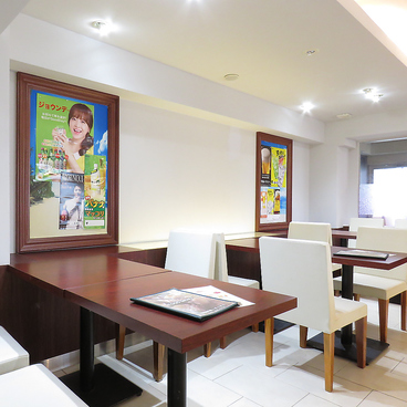 韓国料理 IRIWA イリワ 関内店の雰囲気1