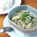 料理メニュー写真ゲーンキョウワーン【海老・鶏・豚】(グリーンカレー)
