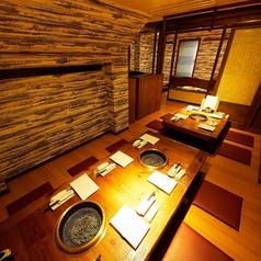 ゆったりとお寛ぎいただける空間は、横浜での様々なシチュエーションにご対応可能なこだわりの個室空間です!横浜での同窓会、歓送迎会など、各種宴会にぜひご利用ください!誕生日・記念日におすすめのサプライズ特典もご用意しております。