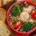 料理メニュー写真ぷりぷり海老のアヒージョ