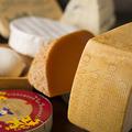 料理メニュー写真世界のチーズ盛り合わせ