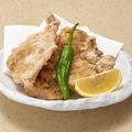 料理メニュー写真秘伝の鶏唐揚げ(4個盛り)