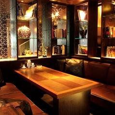 20名様までの宴会やパーティー、飲み会が可能な半個室のテーブル席です♪