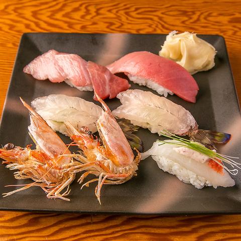 寿司職人の匠の技と千歳烏山の光が織りなす最高の空間でお食事をお愉しみ下さい。