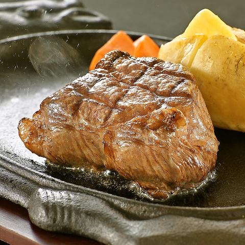 ランチやお食事会にステーキやハンバーグはいかがでしょうか?