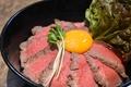 料理メニュー写真自家製ローストビーフ丼