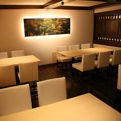 落ち着きのある雰囲気は、家族でのお食事会にも。