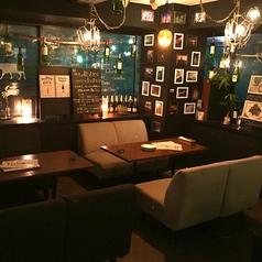 最大8名様まで着席可能な、人気のソファ席!歓送迎会や女子会・合コンに最適です♪