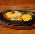 料理メニュー写真チーズハンバーグ