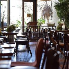 ブルーブックスカフェ BLUE BOOKS Cafe 静岡店の雰囲気1