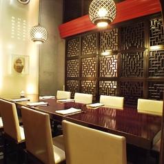 【8名様用個室】デザイナーズプロデュースのお洒落な上品空間です。