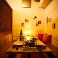 """《観光時のお食事にも◎》天神駅徒歩3分の好立地にお店を構える「NIKUMARU」は、観光時のお食事も大歓迎!地元出身の料理長による贅沢創作料理でお客様を""""おもてなし""""。雰囲気抜群の店内でゆったりと楽しいひと時をお過ごしいただけます。"""