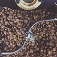 店主が厳選したコーヒー豆の販売も行っております。お店の味を是非家庭でも!