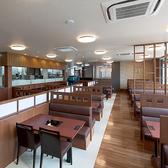 食処 さんぞくや 東福岡店の雰囲気3