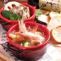 料理メニュー写真ハーブ海老ときのこのアヒージョ