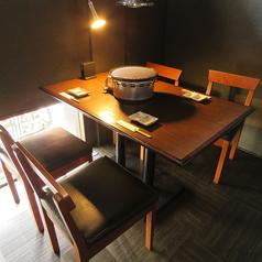 半個室テーブル席!お席1時間30分制となっております。
