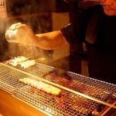 備長炭で焼き上げる、串焼き…