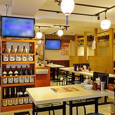串カツ餃子酒場 上大岡店の雰囲気1