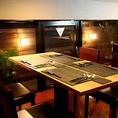 雰囲気の良いテーブル席は繋げてグループ利用も可能です!