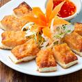 料理メニュー写真カノム・パン・ナークン(エビのすり身トースト)