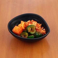 えだまめ/ピリ辛冷奴/揚げたこ焼き/韓国のり/ニラチヂミ/キムチ(白菜・胡瓜・大根)