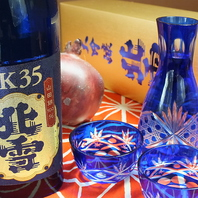 新潟の地酒常時15種~ご用意(6種付き飲放コースも有り)