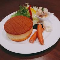 【新メニュー!】『お食事 パンケーキ』1200円(税込)