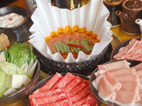 種類豊富なお寿司や温野菜・揚物・デザートまで食べ放題!お鍋のスープも選べるよ♪