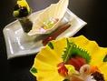 色彩豊かな和食器を目でもお楽しみください。