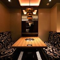 接待や会食、デート向きの完全個室