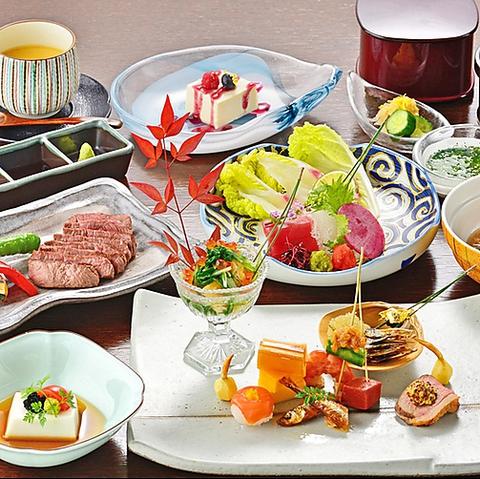 江ノ島の海や富士山を一望できる、全席オーシャンビューの和食料理屋です。