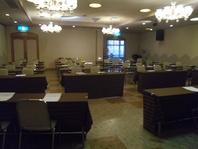 ホールがある和食店