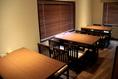 グループでお越しいただいても楽しめるテーブル席をご用意しております。