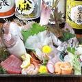 料理メニュー写真鯛の姿造りと鮮魚の5点盛り