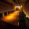 番屋自慢のVIP個室です。西新宿の夜景が一望できる完全個室居酒屋で繊細な和食と一緒に優雅にご宴会・接待・女子会・合コンをお楽しみ頂けます。西新宿 新宿西口の個室居酒屋で宴会、接待、和食をどうぞ。